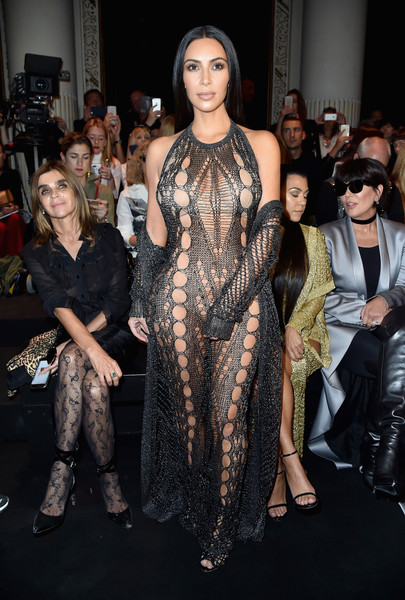 Kim Kardashian robada a punta de pistola en París!
