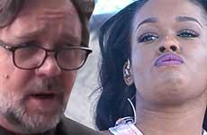 Russell Crowe saca a Azealia Banks de su cena!? WTF?