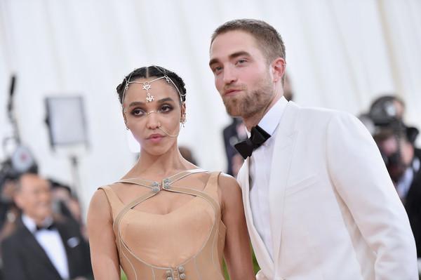 Robert Pattinson habla sobre boda con FKA Twigs?
