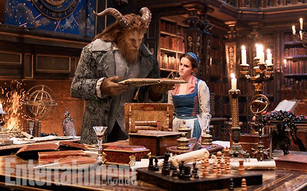 Emma Watson y Dan Stevens como La Bella y la Bestia