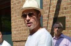 Brad Pitt solicita custodia compartida de sus hijos