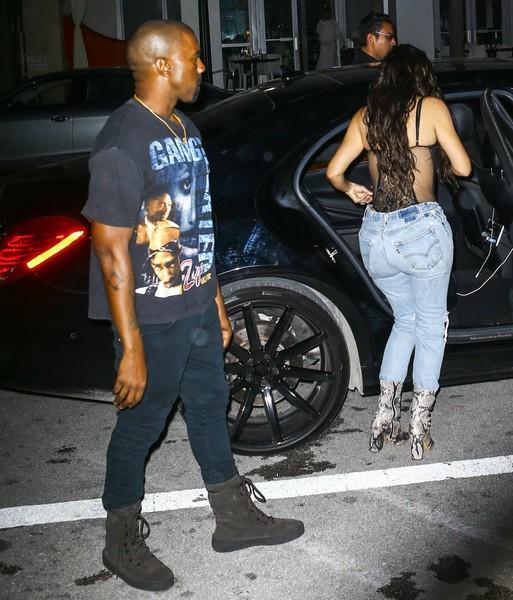 Kanye West gasta fortuna en muebles que no le gustan