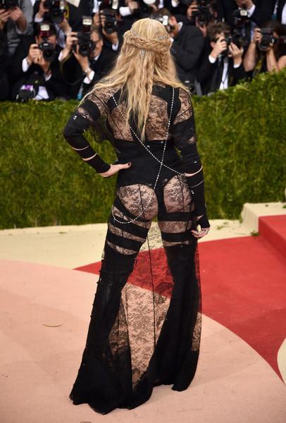 Madonna y su trasero FAKE!!!