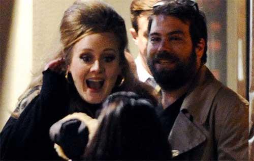 Adele se casó en secreto con Simon Konecki?