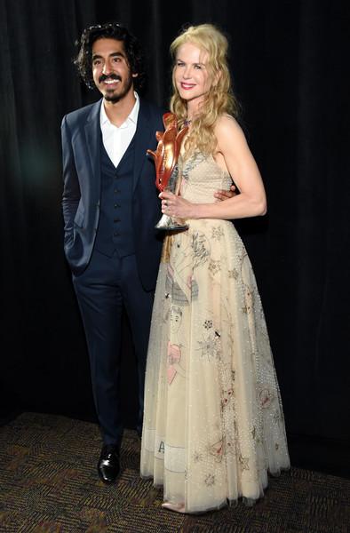 Nicole Kidman y otro hombre, Dev Patel?