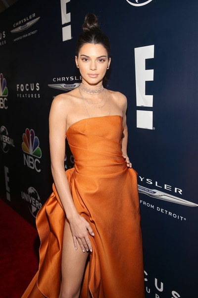 Kendall Jenner niega cirugías plásticas