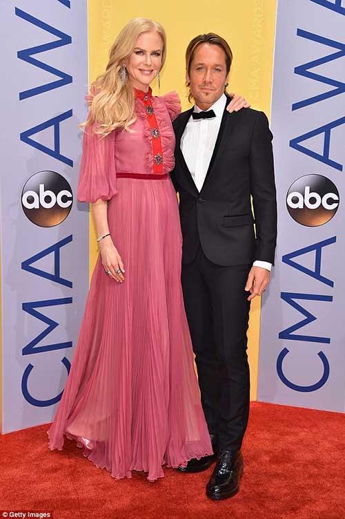Nicole Kidman se desespera si Keith no le contesta