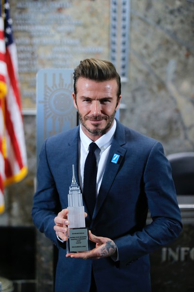 Escándalo: David Beckham y UNICEF - Quería ser Sir David?