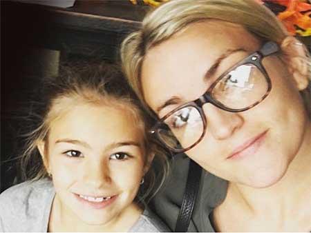 Hija de Jamie Lynn Spears grave tras accidente