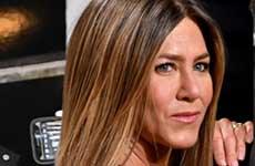 A Jennifer Aniston le robaron los lentes en el Oscar? HA!