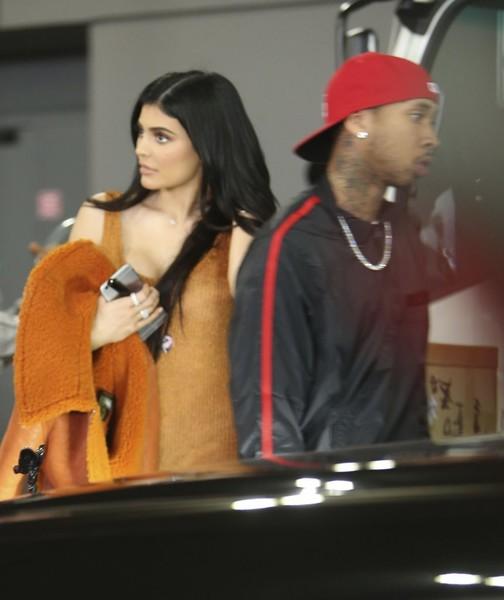 Aww... Kylie Jenner y Tyga terminaron! Pero pueden volver! LOL!