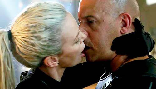 Charlize Theron habla del beso con Vin Diesel. Shut up!