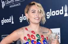Paris Jackson en los GLAAD Awards