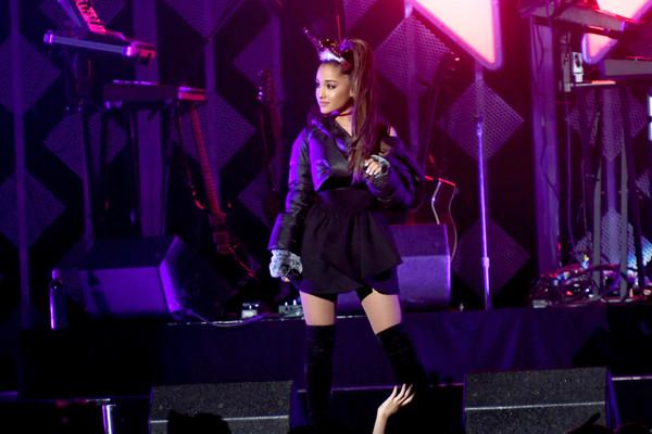 Explosión en concierto de Ariana Grande: 22 muertos y múltiples heridos