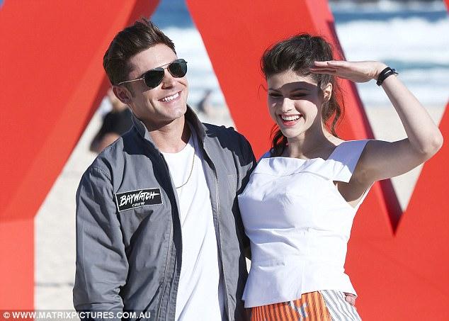Zac Efron y Alexandra Daddario saliendo? No, según Zac!