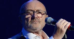 Phil Collins se cayó en el baño! Ouch!
