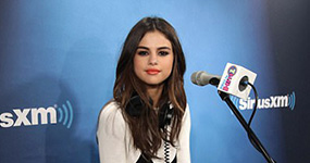Selena Gomez halaga a Justin Bieber x One Love Manchester