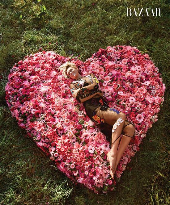 Miley Cyrus cambió su look porque se sentia sexualizada (Harper's Bazaar)