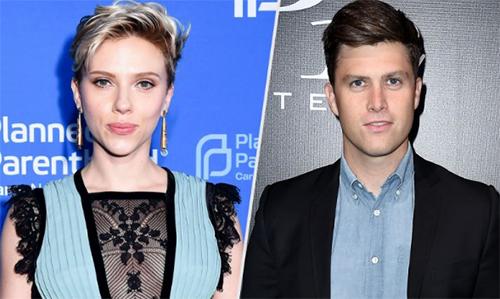 Scarlett Johansson y Colin Jost saliendo again?