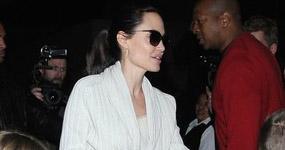 Angelina se va de Target porque no venden hot dogs