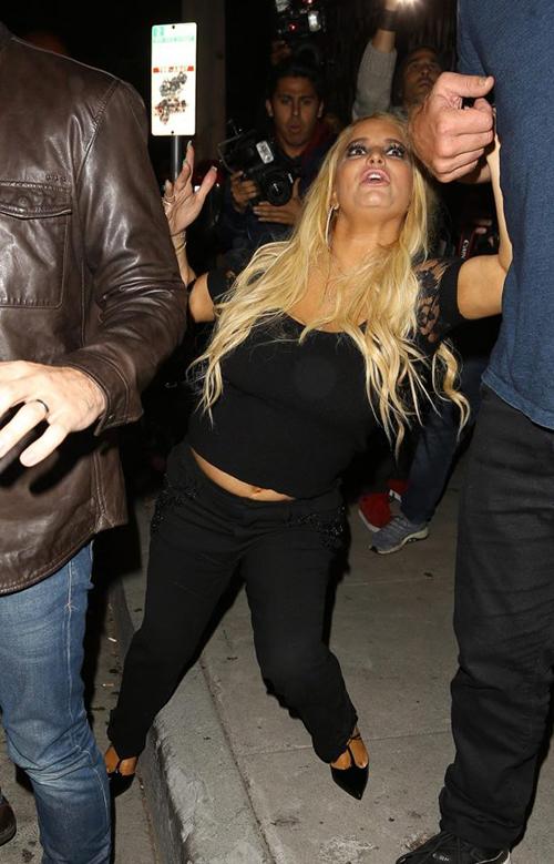 Jessica Simpson super ebria LOL!