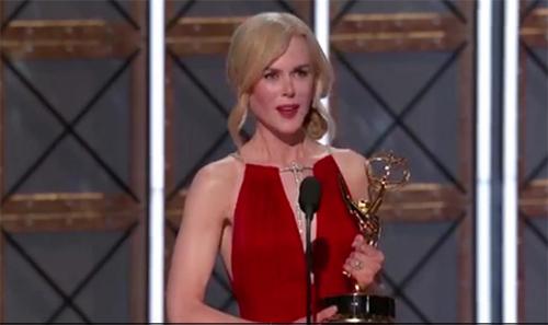 Nicole Kidman criticada por discurso en los Emmys WTF?