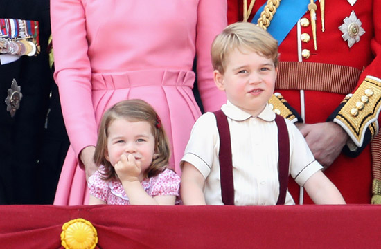 Kate Middleton y el Príncipe William esperan su tercer hijo!