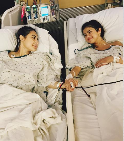 Selena Gomez tuvo transplante de riñon!