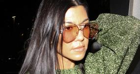 Life & Style: Kourtney Kardashian embarazada también!! LOL!