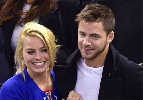 Margot Robbie ha estado casada com Tom Ackerley por años!!