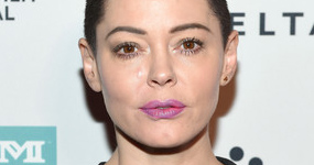 Rose McGowan reclama a Matt Damon y los Affleck por su silencio