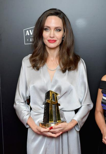Angelina Jolie despreció a Margot Robbie? LOL!