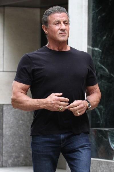 Sylvester Stallone quiere que investiguen a una mujer que lo acusa de violación. WTF?