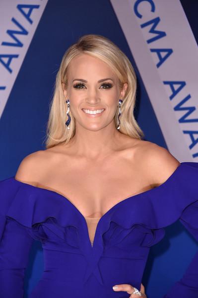 Carrie Underwood cuenta detalles del terrible accidente en su cara