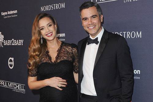 Jessica Alba tuvo su tercer baby! Un niño!