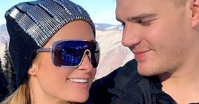 Paris Hilton comprometida con Chris Zylka!!