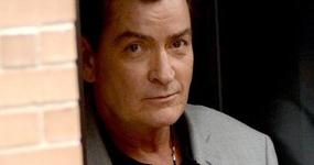 Charlie Sheen y National Enquirer llegan a acuerdo en demanda WTF?