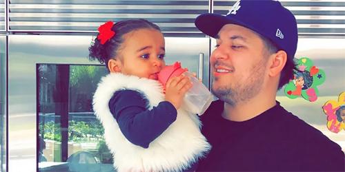 Rob Kardashian ejercitándose y comiendo saludable por su hija Dream