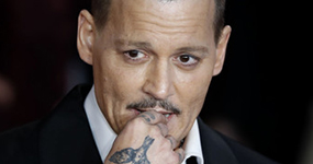 Johnny Depp agrede a un miembro del set de la película LAbyrinth