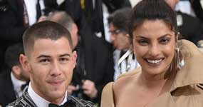Nick Jonas saliendo con Priyanka Chopra?