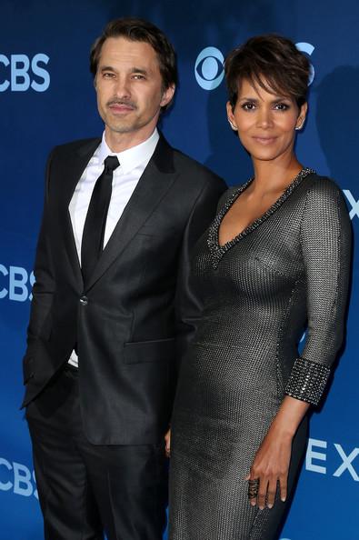Halle Berry y su divorcio con Olivier Martinez! Saliendo con Keanu Reeves?