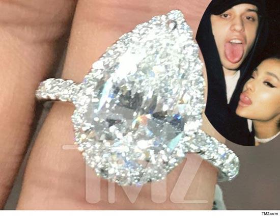 Vean el anillote de compromiso de Ariana Grande