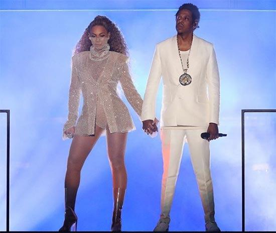 Beyonce mostró a sus gemelos en su concierto On The Run Tour?