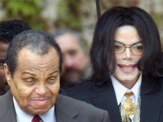 Michael Jackson castrado químicamente por su padre, dice Conrad Murray