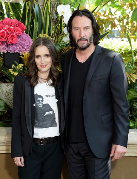 Keanu Reeves y Winona Ryder podrían estar casados en Rumania! LOL!