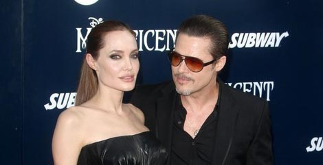 Brad Pitt molesto porque Angelina hizo pública batalla por manutención