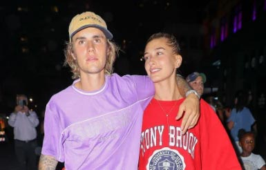Justin Bieber super happy con Hailey pese a su crisis pública