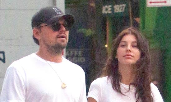 Leonardo DiCaprio y Camila Morrone hablando de compromiso (Us)