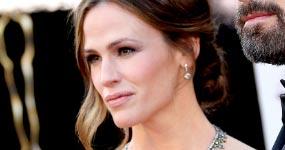 Jennifer Garner pide finalizar divorcio de Ben Affleck