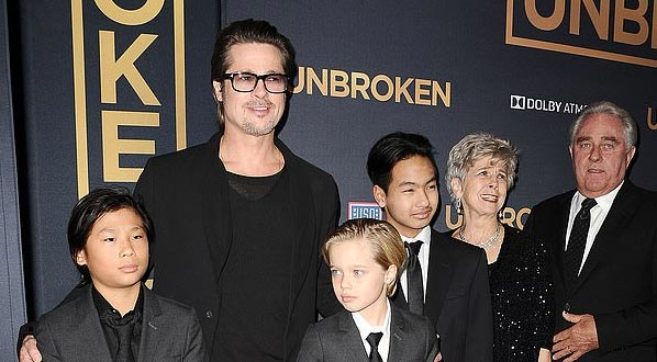 Angelina Jolie contó a su hijo Pax que Brad no quería adoptarlo. WTF?
